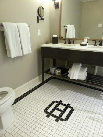Double Vanity In Oliver Suite Bathroom Picture Of The Oliver Hotel Knoxville Tripadvisor