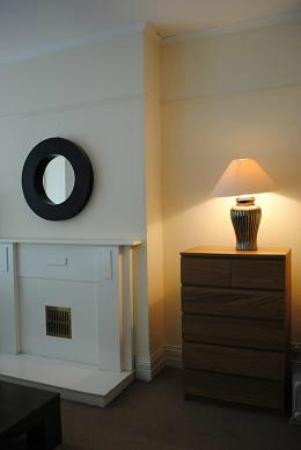 Pearl Court Apartments Prices Guest House Reviews