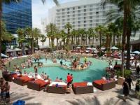 Party Pool - Picture of Hard Rock Hotel and Casino Las ...