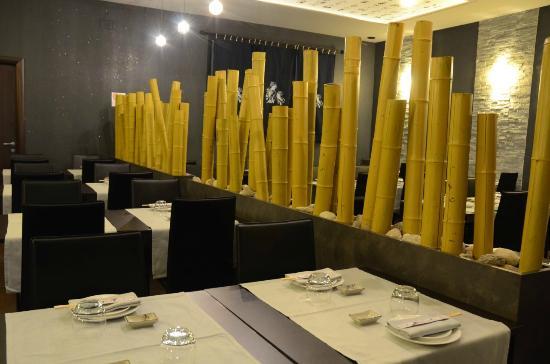 Il design della nostra sala con canne di bambu  Picture of Ristorante Impero Abbiategrasso