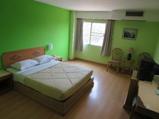 Review Of Green Palace Hotel Chiang Mai Thailand
