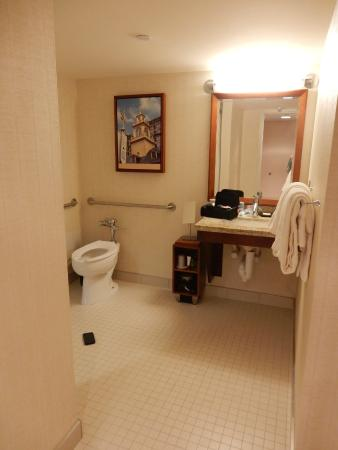 Handicapped accessible bathroom  Picture of Sheraton
