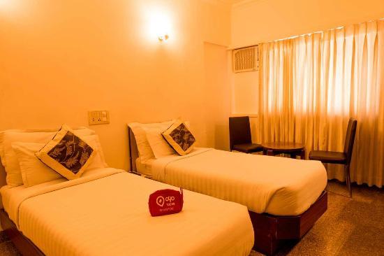 Oyo Rooms Mumbai Juhu Beach Hotel Reviews Photos Rate
