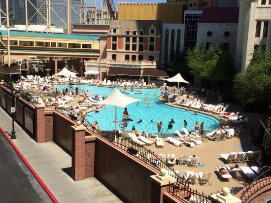 la piscine  Picture of New York  New York Hotel and Casino Las Vegas  TripAdvisor