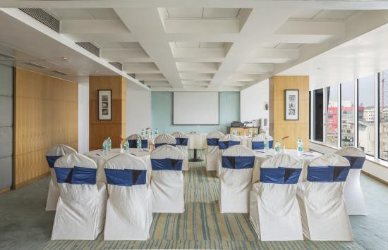 Tunga Regale Mumbai  Hotel Reviews Photos Rate Comparison  TripAdvisor