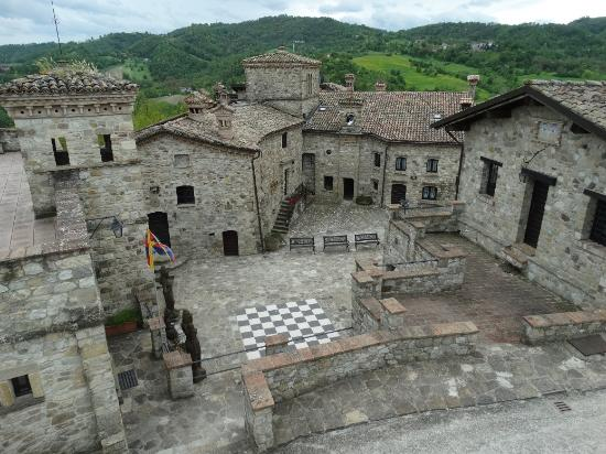 La storia del borgo  Picture of La Casa del Tibet Canossa  TripAdvisor