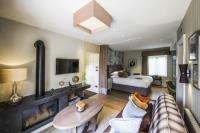 'Willow' Living Room - Mews Suite - Picture of Sopwell ...