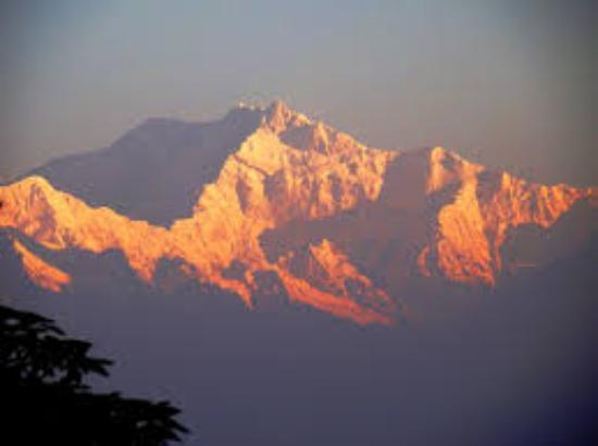 Tiger Hill Darjeeling Picture Of Tiger Hill Darjeeling