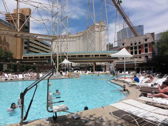 Piscina  Picture of New York  New York Hotel and Casino Las Vegas  TripAdvisor