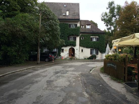 Frente Del Hotel Bild Von Gästehaus Englischer Garten München
