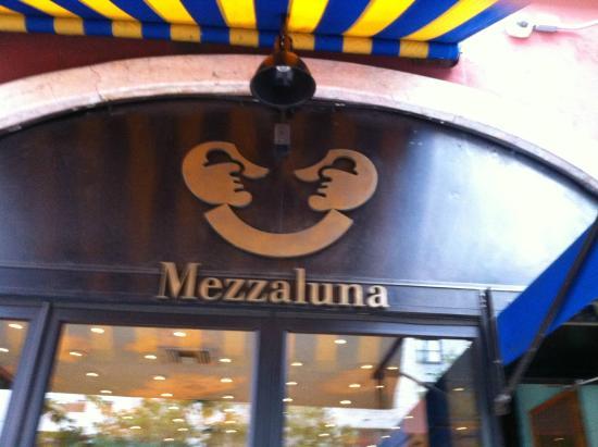 Mezzaluna  Lasagna del giorno  Picture of Mezzaluna New York City  TripAdvisor