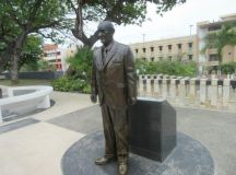 Statue of each president is life size. - Picture of Paseo ...