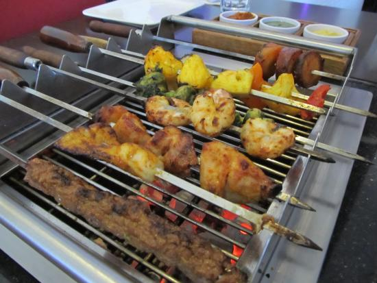 grill kitchen cabinets on a budget town bar and manukau restaurant reviews phone all photos 32
