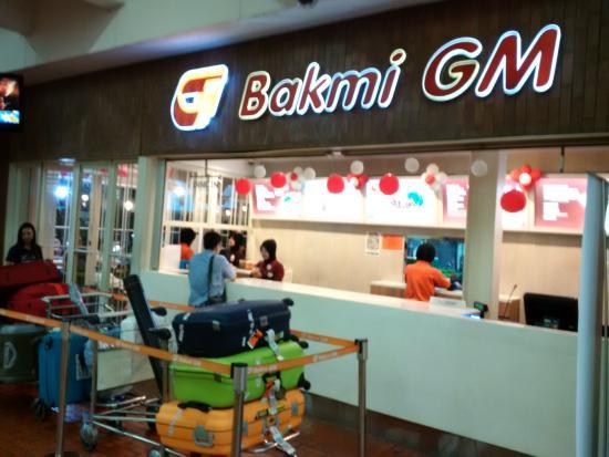 Tempat Makan Bakmi Versi Cepat Saji Di Terminal 2 Bandara