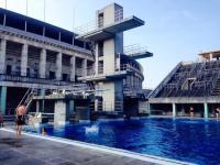 Olympiabad am Olympiastadion 50 m Becken, Sprungturm und ...
