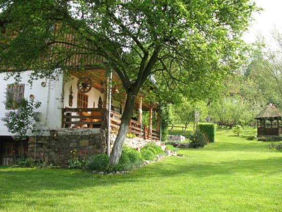 Casa Rustica Oltenia  Prices  Lodge Reviews Baile Govora Romania  TripAdvisor