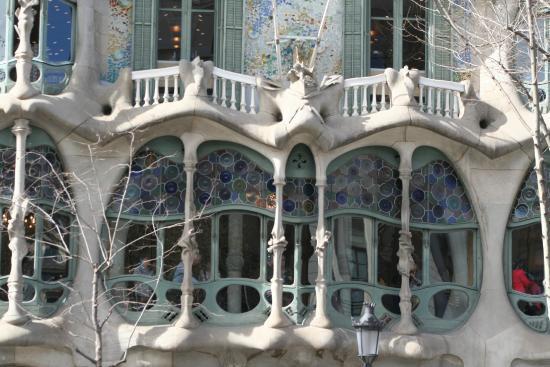Foto de Casa Batll Barcelona Balcons ensorcells