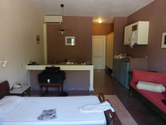 Vaerelset Picture Of Panselinos Hotel Eftalou Tripadvisor
