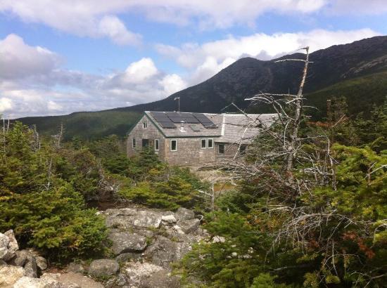 appalachian mountain club wilderness lodges. Visitor S Center At Pinkham S Notch New Hampshire Review Of Appalachian Mountain Club High Huts Mount Washington Nh Tripadvisor