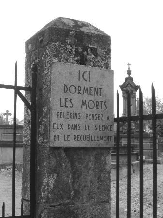 Centre De La Mémoire D'oradour-sur-glane : centre, mémoire, d'oradour-sur-glane, Entrée, Cimetière, Picture, Centre, Memoire, D'Oradour,, Oradour, -sur-Glane, Tripadvisor