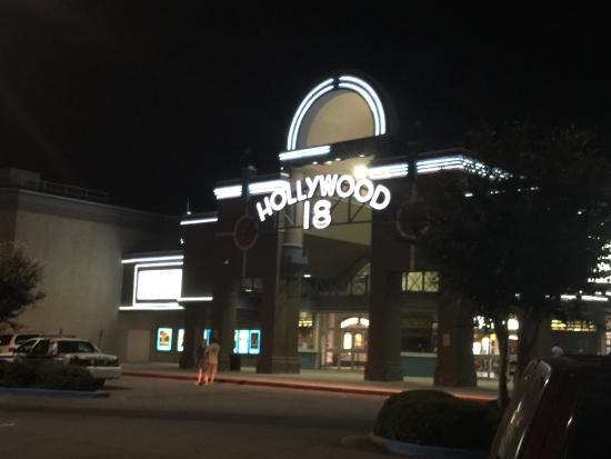 Regal Cinemas Hollywood Stadium 18 Movie Theater