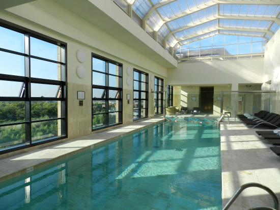 La piscina al 9 piano alle h800  Picture of Starhotels Grand Milan Saronno  TripAdvisor