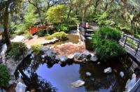 Pond in Japanese garden - Picture of Descanso Gardens, La ...