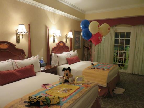 The Settlement Hotel Birthday Decoration Foc