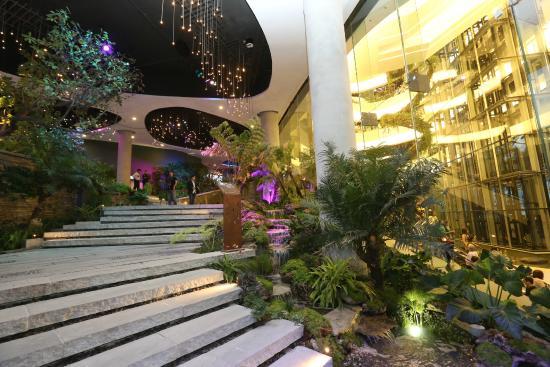 Quartier Avenue - Picture of The EmQuartier, Bangkok - TripAdvisor