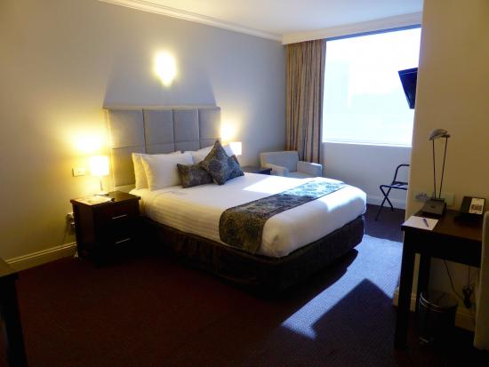 Executive Queen Room Picture Of Rydges On Swanston