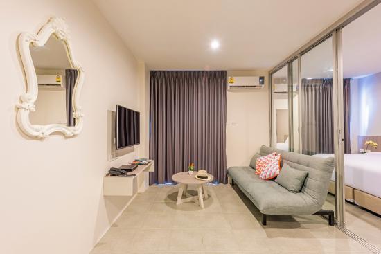 Deluxe Suite Picture Of Recenta Suite Phuket Suanluang
