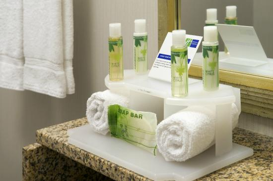 Complimentary Bathroom Amenities Picture Of Holiday Inn Express Baltimore At The Stadiums Tripadvisor