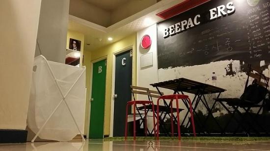 Beepackers Hostel Reviews Price Comparison Hong Kong