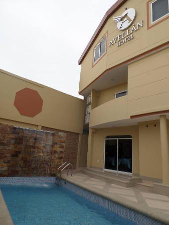 Exteriores Del Hotel Picture Of Hotel Avellan Manta