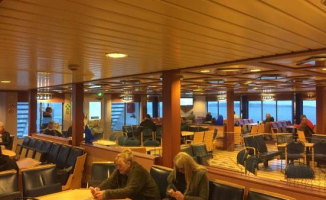 Zitplaatsen Cafetaria Bilde Av Bastø Fosen I Horten