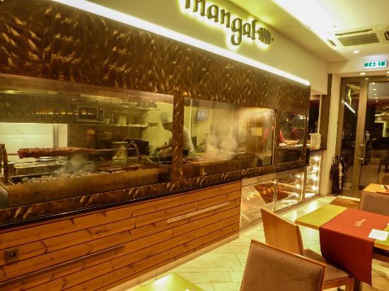 Galerie  Mangal Restaurant