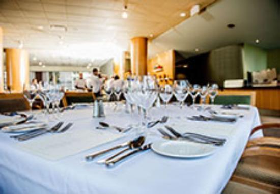 The Highwood Calgary Hillurst Restaurant Reviews
