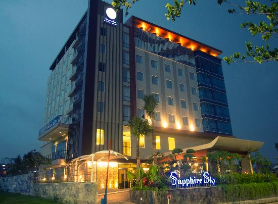 10 Hotel Terbaik Dekat Sapphire Sky Hotel Bsd City