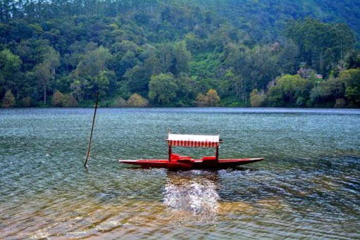 Image result for Shikara Ride Kundala Lake