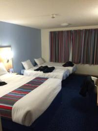 Family room layout - Picture of Travelodge Bournemouth ...