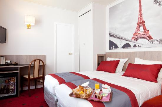 Chambre Twin Petit Dejeuner Picture Of Hotel Saphir