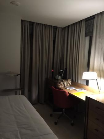 Love The BLACKOUT Curtains! Picture Of Hotel Indigo Atlanta