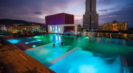 Very Romantic Review Of Sleep With Me Hotel Patong