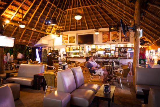 Living Garden Bar Playa del Carmen  Photo de Living Bar
