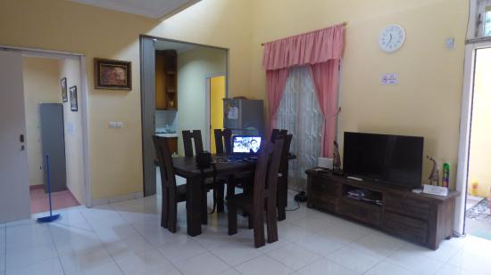 Room Photo 2111867 Hotel Cendana Mulia Hostel Bogor Hotel