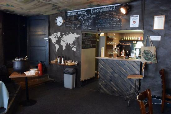 The Living Room Cafe Tallinn  Omdmen om restauranger