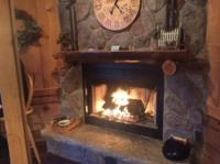 Romantic fireplace - Picture of Lazy Cloud Inn, Lake ...