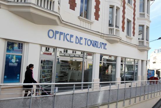office de tourisme du saint quentinois facade de l office de tourisme