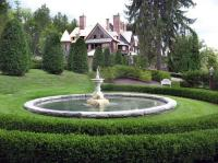 water fountain and mansion - Picture of Naumkeag ...