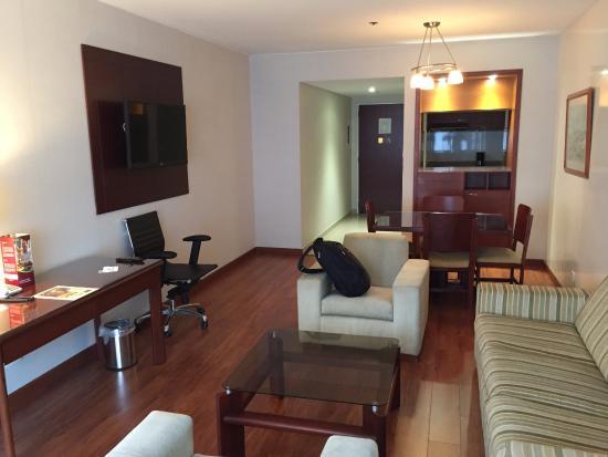 Sala Comedor y Kitchenette  Picture of Tequendama Suites